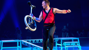 Festival International du Cirque 2015 - numéro de Paul Chen - Monocycle